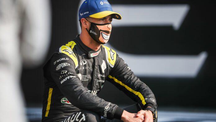 Daniel Ricciardo sad
